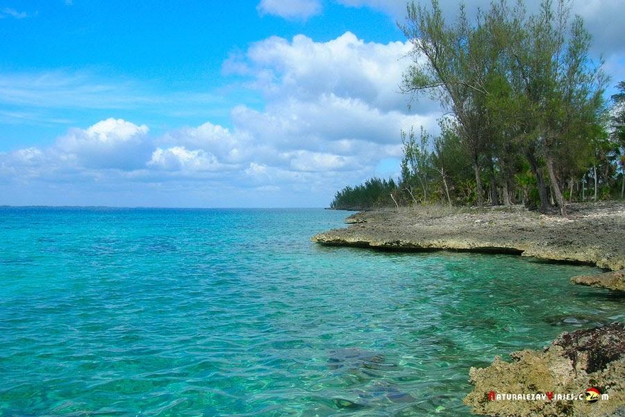 Playa junto a la Cueva de los Peces, Cuba