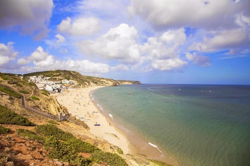 Salema: la paz y el silencio del Algarve