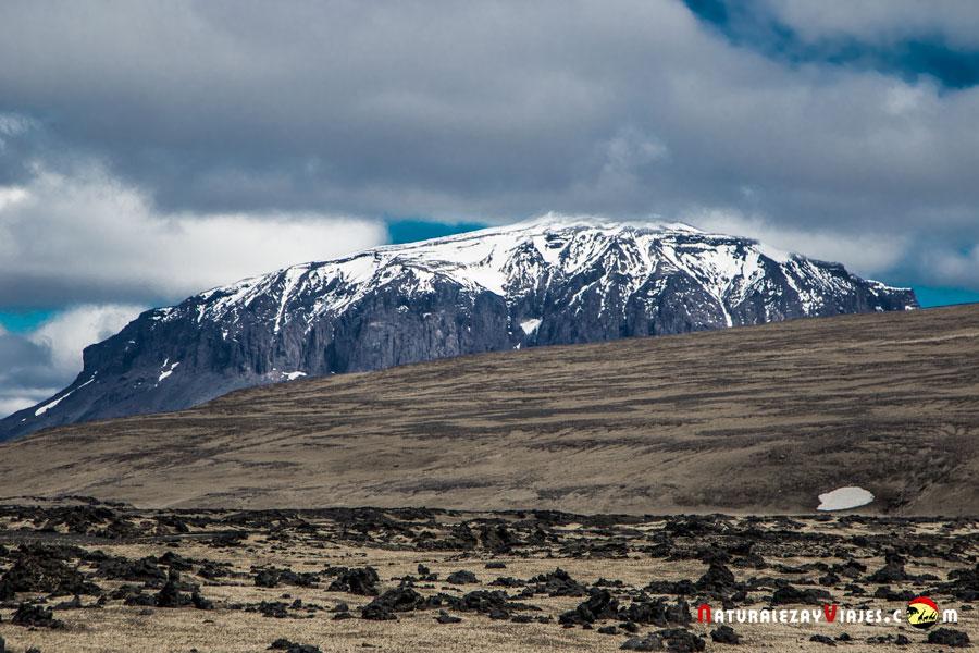 Volcán Herdubreid en las Tierras Altas Islandia Highlands