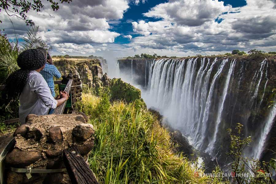 Cataratas Victoria, uno de los mayores espectáculos naturales en África