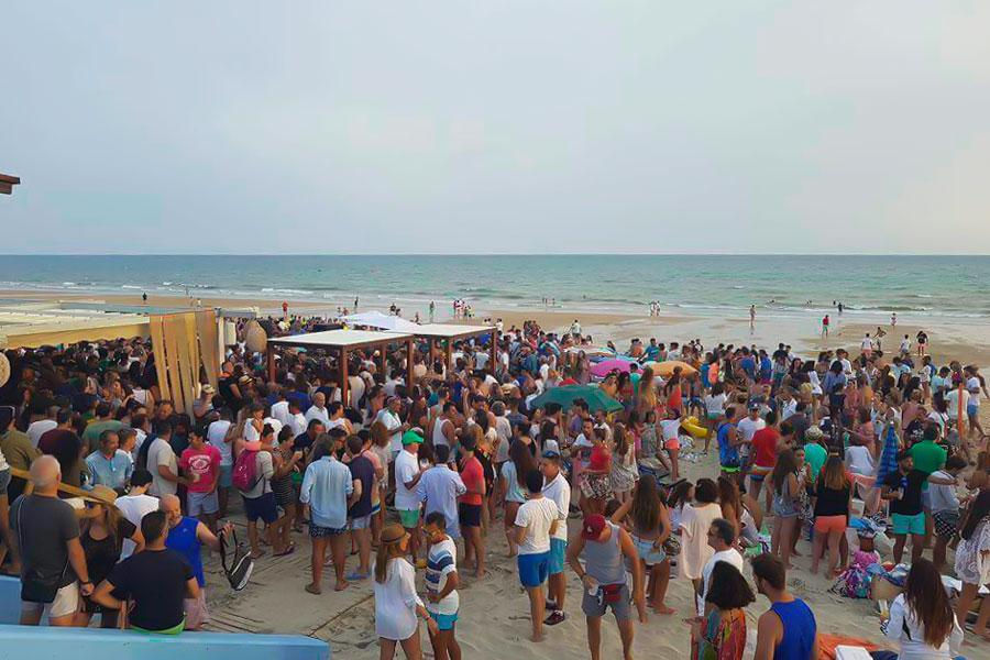 De marcha en la playa de Matalascañas