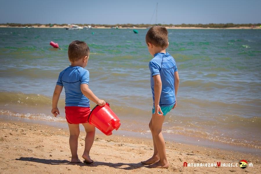 viajar con niños al Algarve