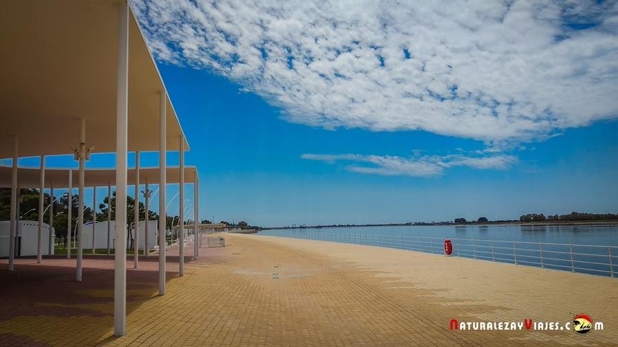 Paseo de la Ría de Huelva