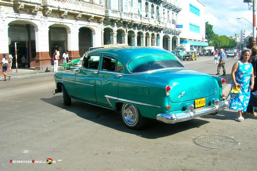 Coche en Cuba
