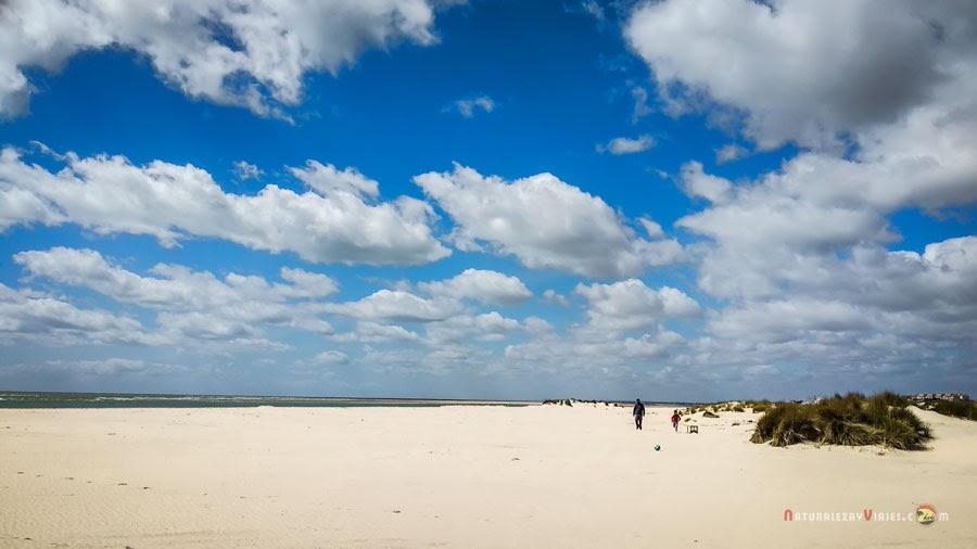 Playa la Bota, de las mejores playas de Huelva