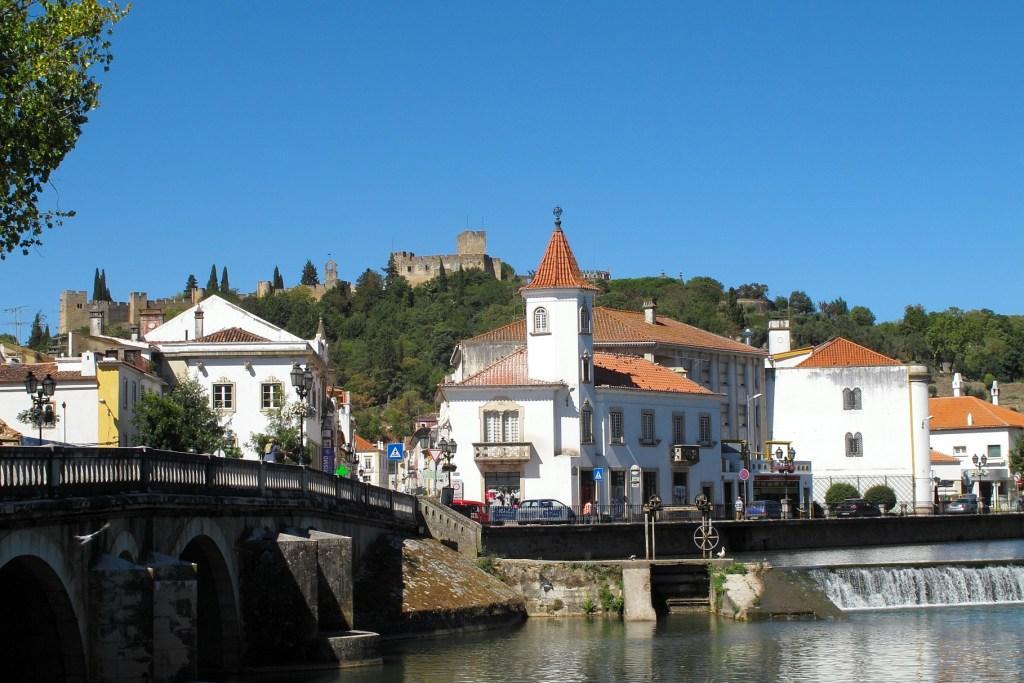 Qué ver en Tomar, Portugal. la Ciudad de los Caballeros Templarios