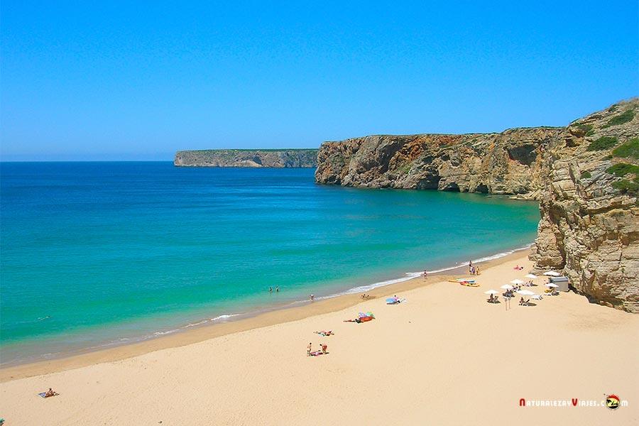 Dónde hacer nudismo en Algarve, playas vírgenes