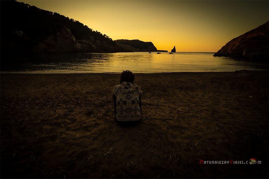Atardecer romántico en Ibiza