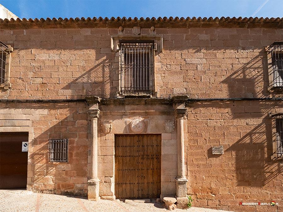 Casona Molina de la Cerda, Baños d ela Encina