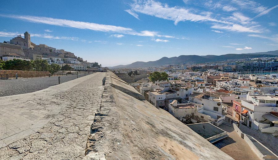 10 lugares imprescindibles que ver en Ibiza
