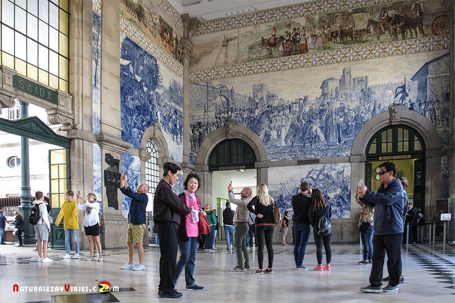 Estación de São Bento, otro de los 10 lugares que ver en Oporto