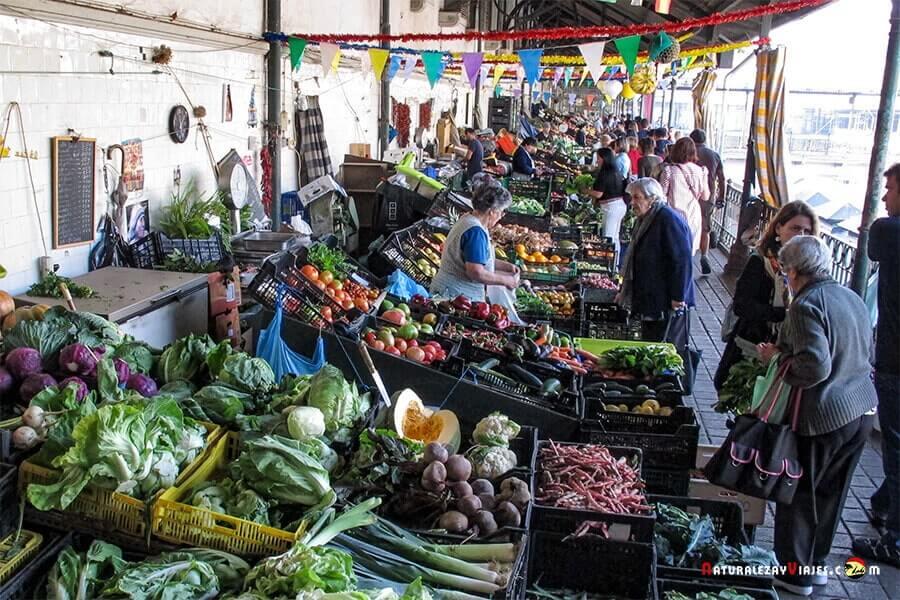 Mercado Bolhao, otro de los lugares que ver en Oporto