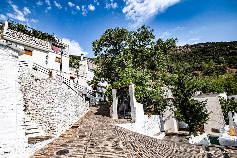 Una calle de Pampaneira