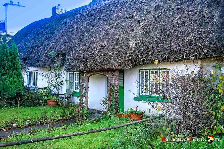 Adare, otro de los lugares que ver en Irlanda