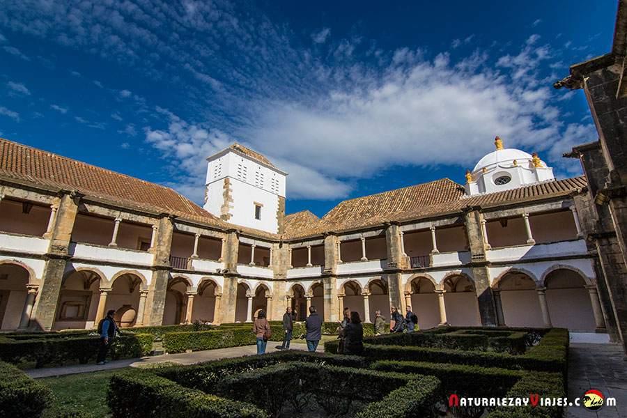 Convento de Nuestra Señora de la Asunción en el casco histórico de Faro