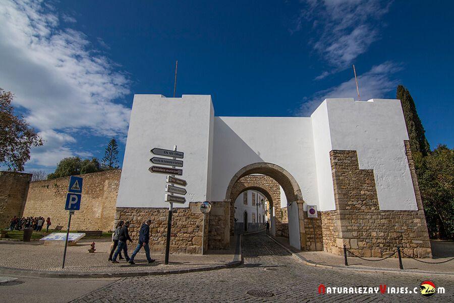 Muralla de Faro