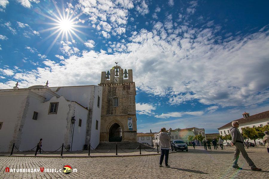 Plaza Catedral del Faro