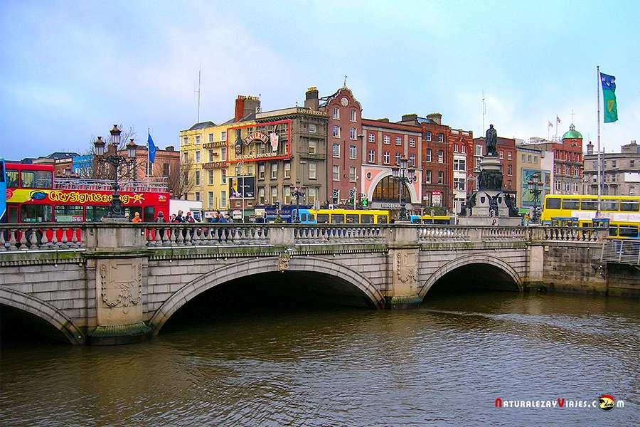 Puente Dublín, uno de los lugares que ver en Irlanda