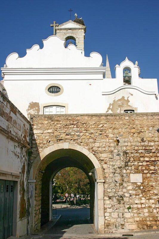 Porta Árabe del casco histórico de Faro