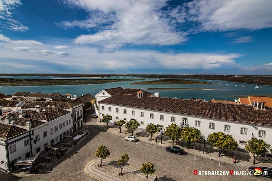 Vistas de la ría Formosa desde la catedral de Faro