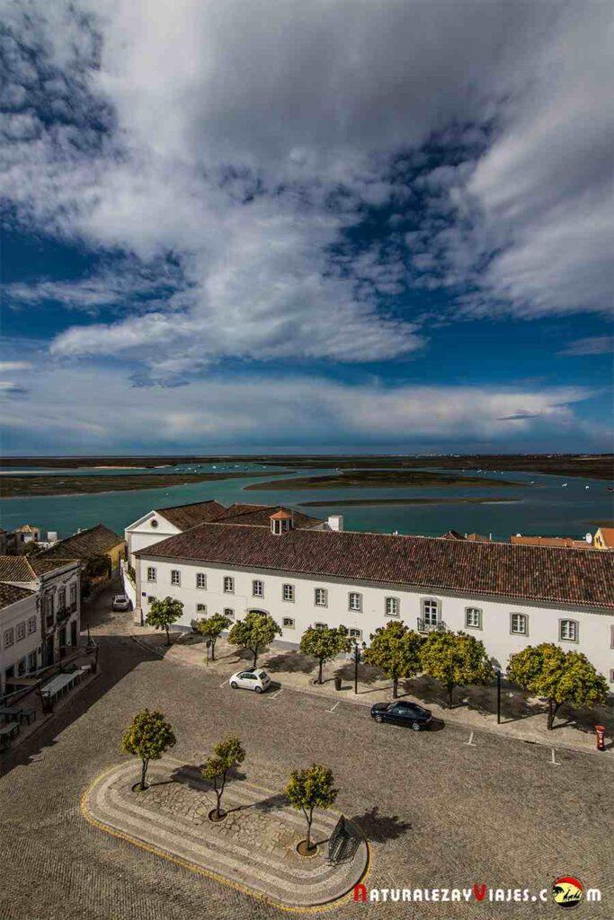 Vistas de la ría Formosa desde el casco histórico de Faro