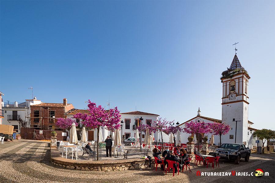 Plaza de Cortelazor en la Sierra de Huelva
