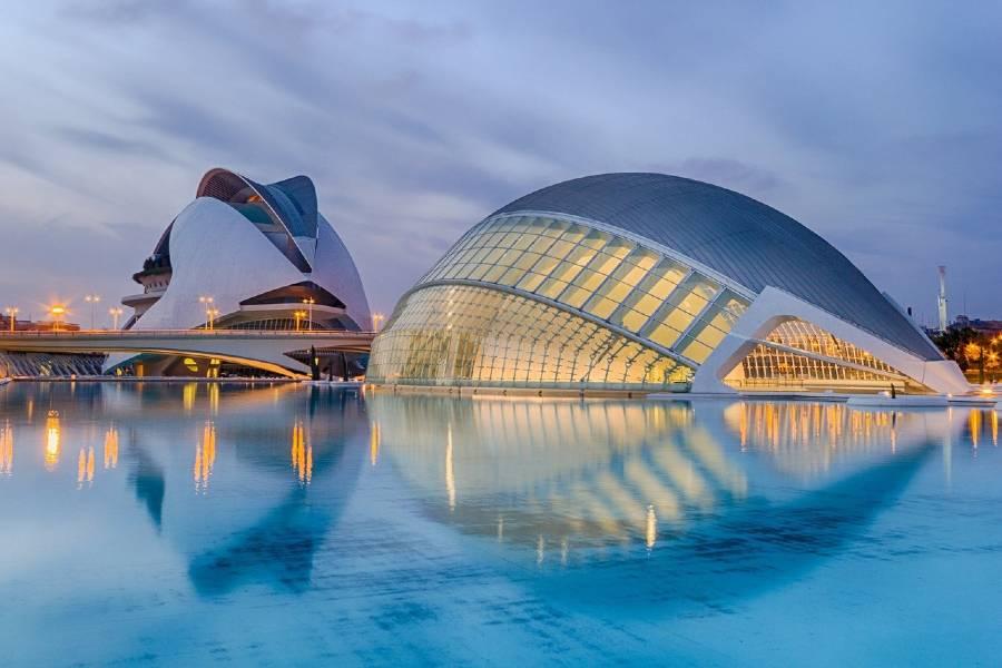 Cierra el verano de paseo por Valencia