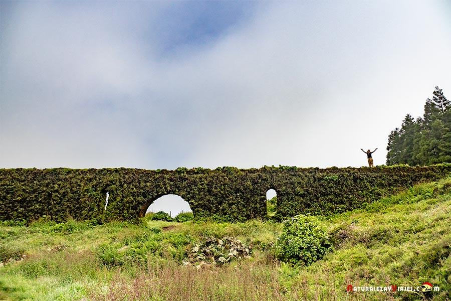 Aqueducto do Carvao, São Miguel, Azores