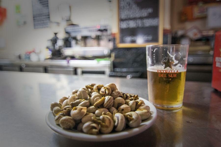 Cerveza en la Plaza del Salvador de Sevilla