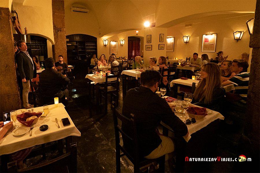 Dónde cenar y oír fado en Lisboa