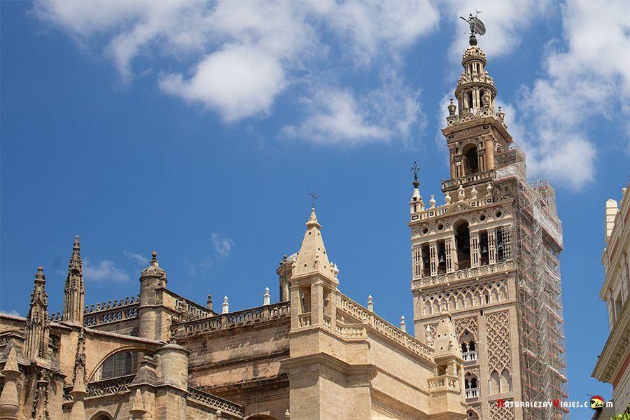 Giraldillo en la Giralda, Qué ver en Sevilla en dos días